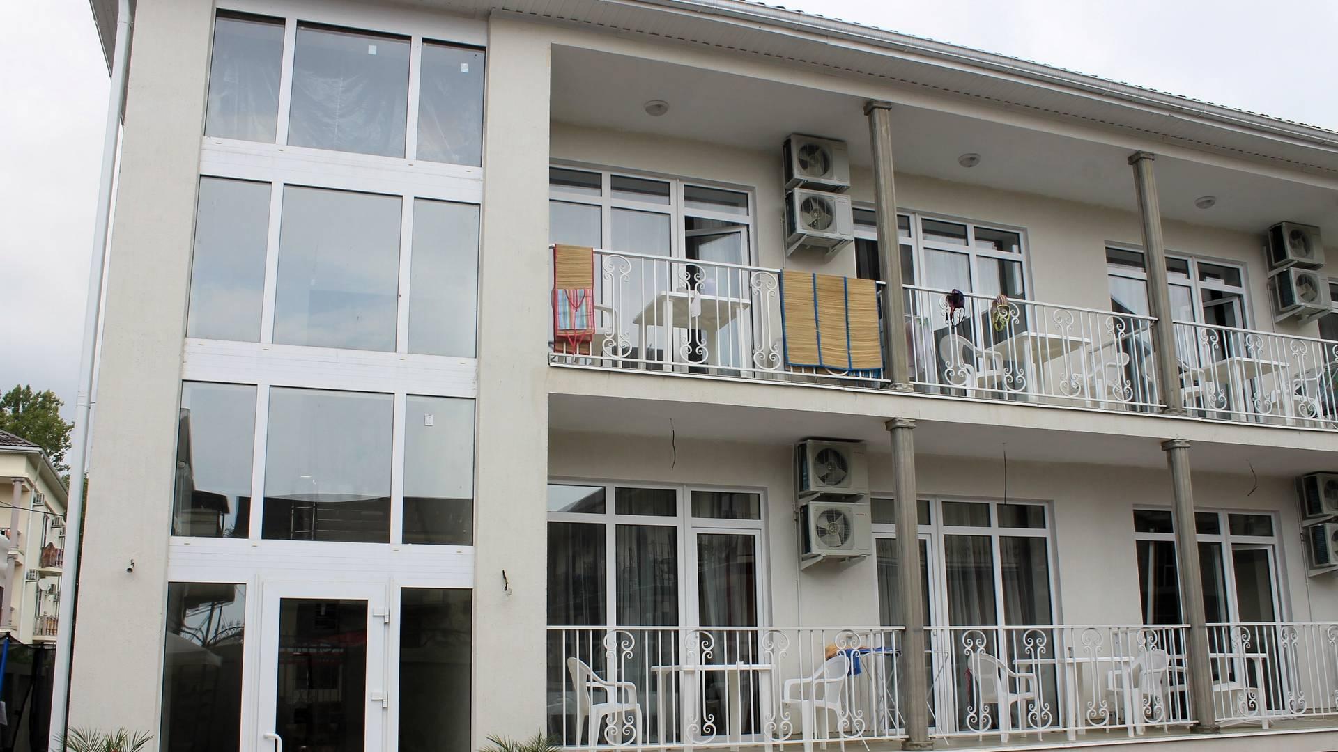Окна в гостиницу, Окна и двери ELEX, Витражное остекление