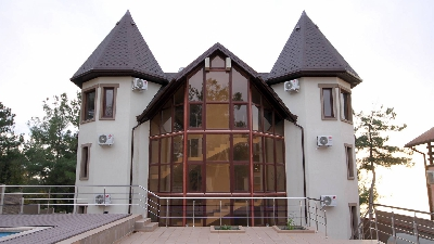 Окна и двери ELEX, Окна в частный дом